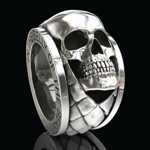 In the belly of the Beast ring, Size 7, 925 Silver